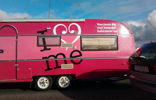 """""""I love Me"""" . Reklam för Gardasil. Foto: NewsVoice.se"""